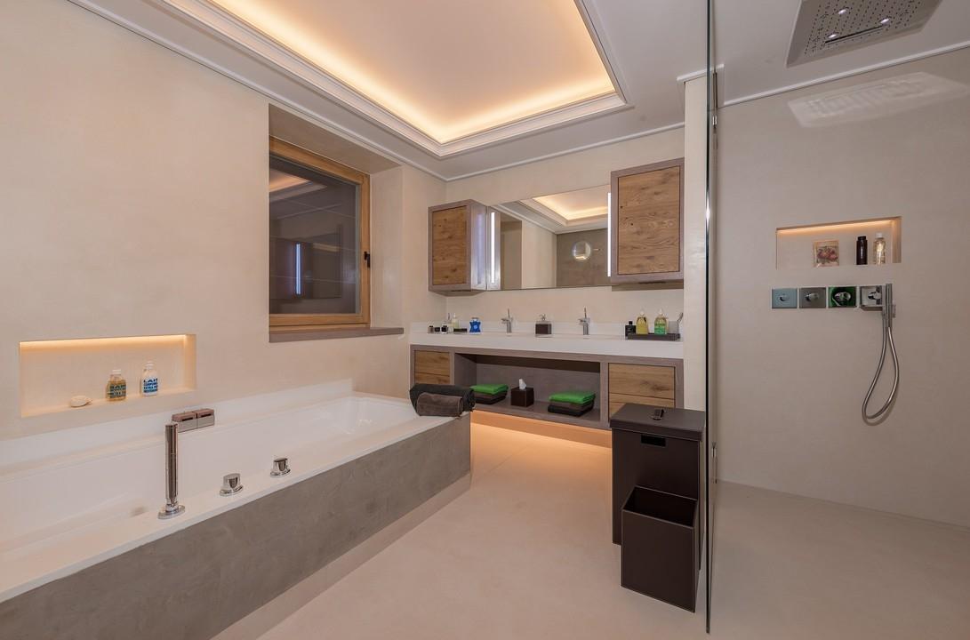 Kitzb hel autriche chalet de montagne de luxe vendre for Vente salle de bain tunis