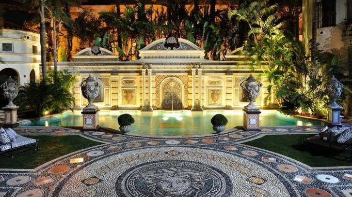 Piscine de prestige de la villa de Gianni Versace à Miami