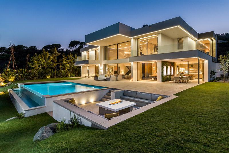 Propri t s de luxe villas d 39 poque demeures historiques for Villas 2018