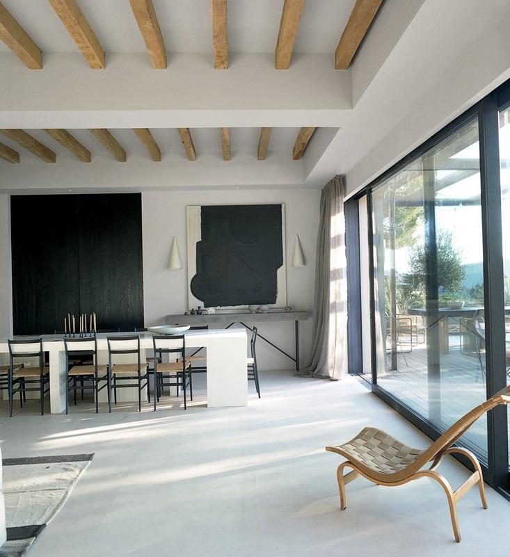 Intérieur de luxe dans une villa à Ibiza