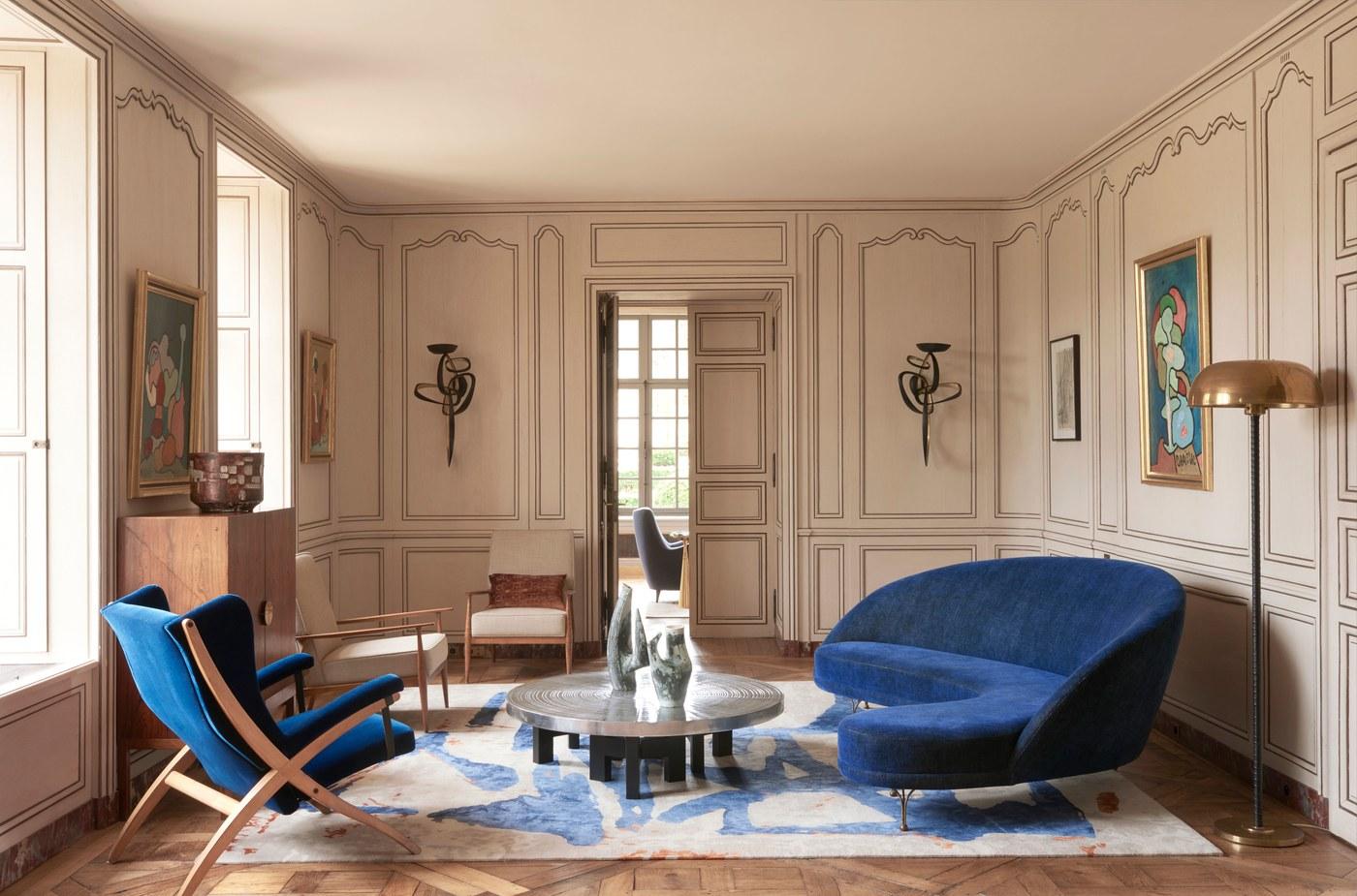 ch teau fran ais transform en demeure contemporaine blog. Black Bedroom Furniture Sets. Home Design Ideas