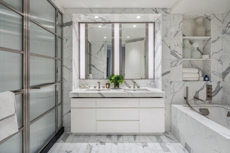 Salle de bain en marbre de luxe